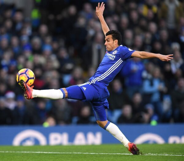 LONDON, ENGLAND - DECEMBER 26: Pedro of Chelsea in action during the Premier League match between Chelsea and AFC Bournemouth at Stamford Bridge on December 26, 2016 in London, England. (Photo by Darren Walsh/Chelsea FC via Getty Images)