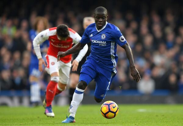 LONDON, ENGLAND - FEBRUARY 04: Ngolo Kante of Chelsea in action during the Premier League match between Chelsea and Arsenal at Stamford Bridge on February 4, 2017 in London, England. (Photo by Darren Walsh/Chelsea FC via Getty Images)