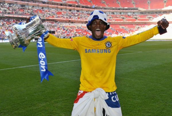 LONDON, ENGLAND - MAY 30: Michael Essien of Chelsea celebrates with the trophy after the FA Cup sponsored by E.ON Final match between Chelsea and Everton at Wembley Stadium on May 30, 2009 in London, England