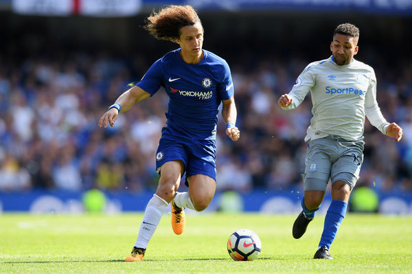 LONDON, ENGLAND - AUGUST 27: David Luiz of Chelsea in action during the Premier League match between Chelsea and Everton at Stamford Bridge on August 27, 2017 in London, England. (Photo by Darren Walsh/Chelsea FC via Getty Images)