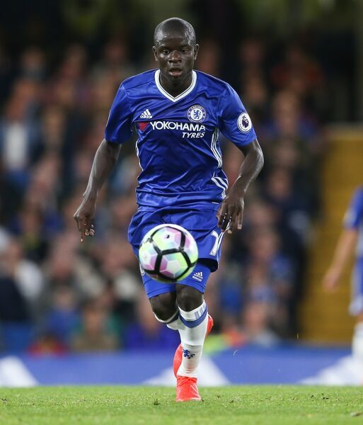 Chelsea's N'Golo Kante during the Premier League match at Stamford Bridge, London. PRESS ASSOCIATION Photo. Picture date: Friday September 16, 2016. See PA story SOCCER Chelsea. Photo credit should read: Scott Heavey/PA Wire. RESTRICTIONS