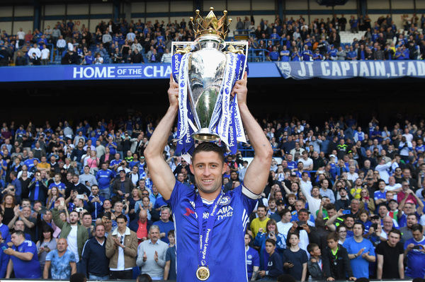 LONDON, ENGLAND - MAY 21: Gary Cahill of Chelsea celebrates winning the league following the Premier League match between Chelsea and Sunderland at Stamford Bridge on May 21, 2017 in London, England