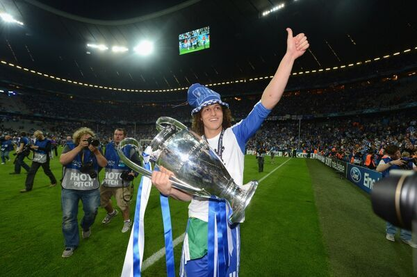 MUNICH, GERMANY - MAY 19: David Luiz of Chelsea celebrate winning the UEFA Champions League Final between FC Bayern Muenchen and Chelsea at the Fussball Arena M?nchen on May 19, 2012 in Munich, Germany (Photo by Darren Walsh/Chelsea FC )