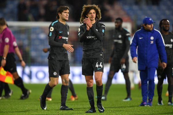 HUDDERSFIELD, ENGLAND - DECEMBER 12: Ethan Ampadu of Chelsea applauds fans after the Premier League match between Huddersfield Town and Chelsea at John Smith's Stadium on December 12, 2017 in Huddersfield, England