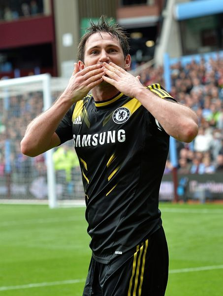 Chelsea's Frank Lampard celebrates scoring his second goal