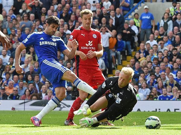 Chelsea's Diego Costa scores his side's first goal of the game