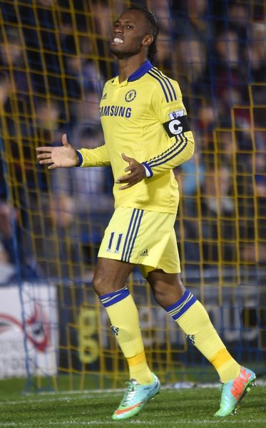 Chelsea's Didier Drogba rues a missed chance