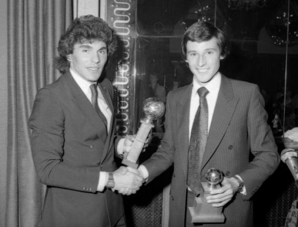CAFE ROYAL, LONDON, UK - MAY 1981. Seb Coe (R) presents Petar Borota with the Chelsea FC Player of the Year Award for 1980-81.(Photo by Hugh Hastings/Chelsea FC ) Petar Borota, Seb Coe