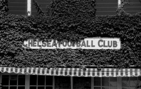 LONDON, 1977 : Signage below the first floor of the ivy-clad building which housed Chelsea FC's main offices, Stamford Bridge, in 1977. (Photo by Hugh Hastings/Chelsea FC ) Main Office