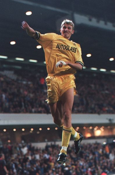 Chelsea's Tore Andre Flo celebrates scoring the winning goal