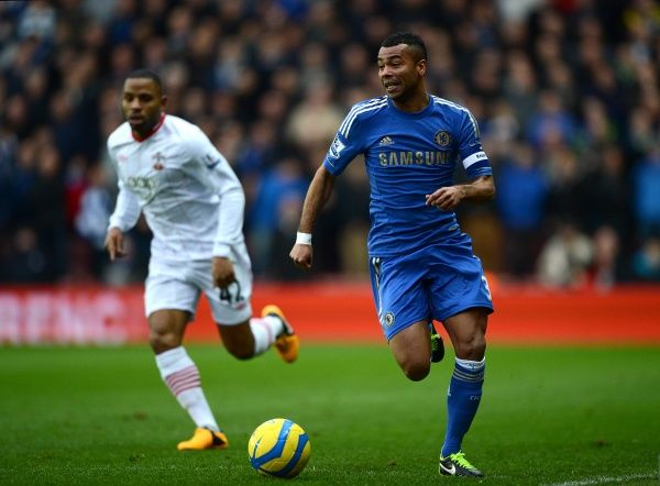 Chelsea's Ashley Cole (right) in action