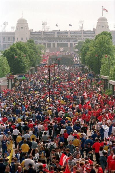 Chelsea and Middlesbrough fans pour down the Wembley Way