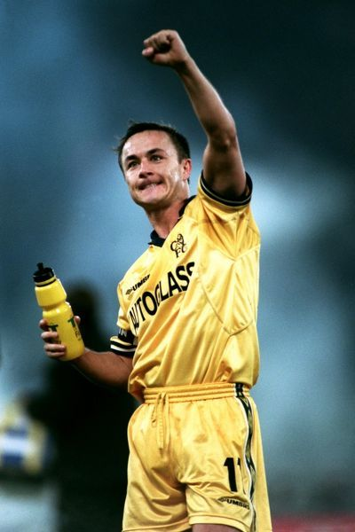 Chelsea's Dennis Wise celebrates a draw against lazio