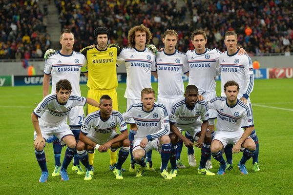 Chelsea players pose for a photograph before kick-off