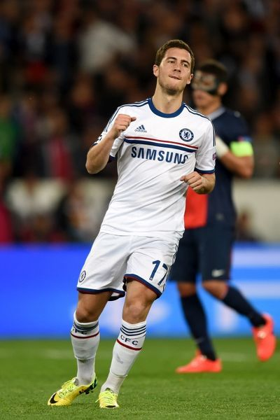 Chelsea's Eden Hazard celebrates after scoring his team's opening goal from the penalty spot