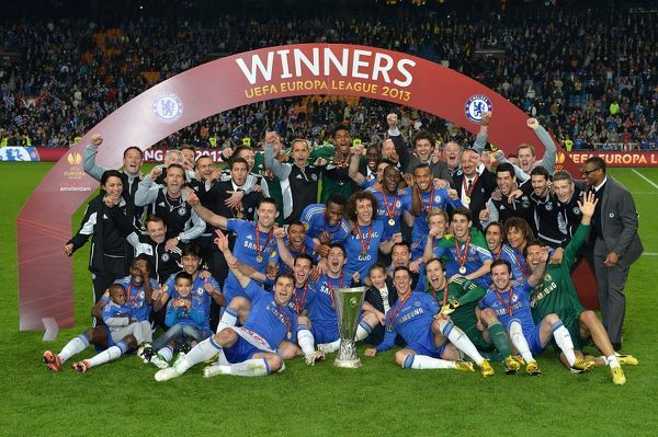 Chelsea players and staff celebrate winning the UEFA Europa League final