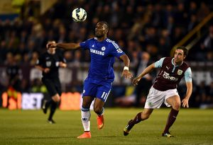 Soccer - Barclays Premier League - Burnley v Chelsea - Turf Moor