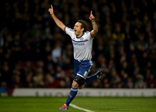 Chelsea's Frank Lampard celebrates scoring his side's first goal of the game from the penalty spot